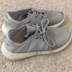 Adidas tubular silver tennis shoes